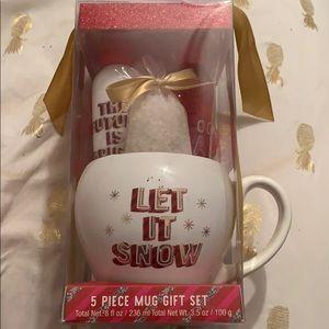 Beautiful 5 piece Mug gift set 🎁❤️